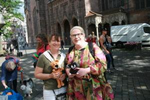 Katrin Heilmaier und Andrea Himmelstoß riefen das Nürnberger Nadelglück im Herbst 2015 ins Leben.